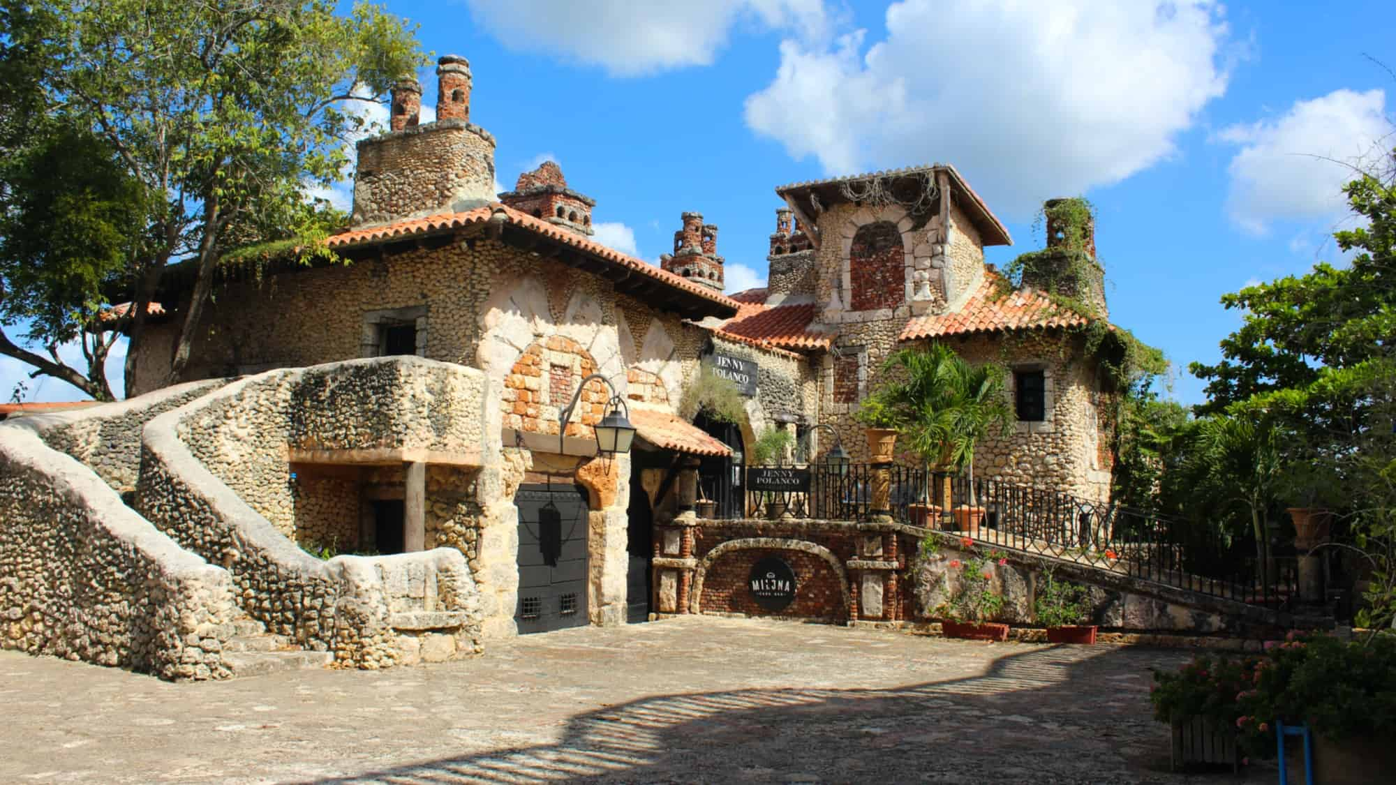 Altos de Chavon Casa de Campo